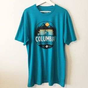 NWT Columbia Graphic T-Shirt